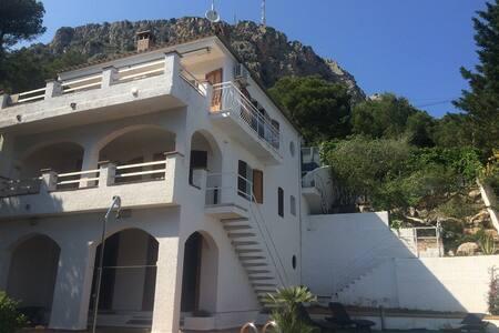 villa 4 chambres avec vue sur mer + piscine privée - Torroella de Montgrí - Villa