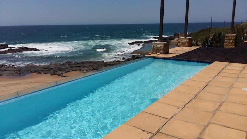 Beach Paradise, on the beach. - Dolphin Coast - Casa