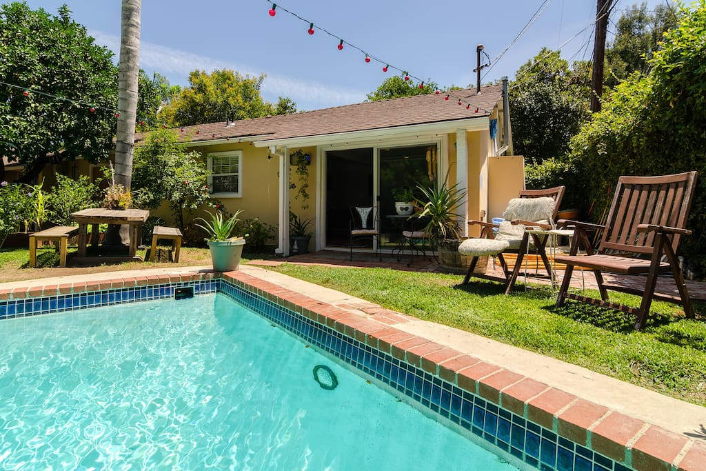Salt Water Pool Bungalow Yurt Houses For Rent In Los Angeles California United States