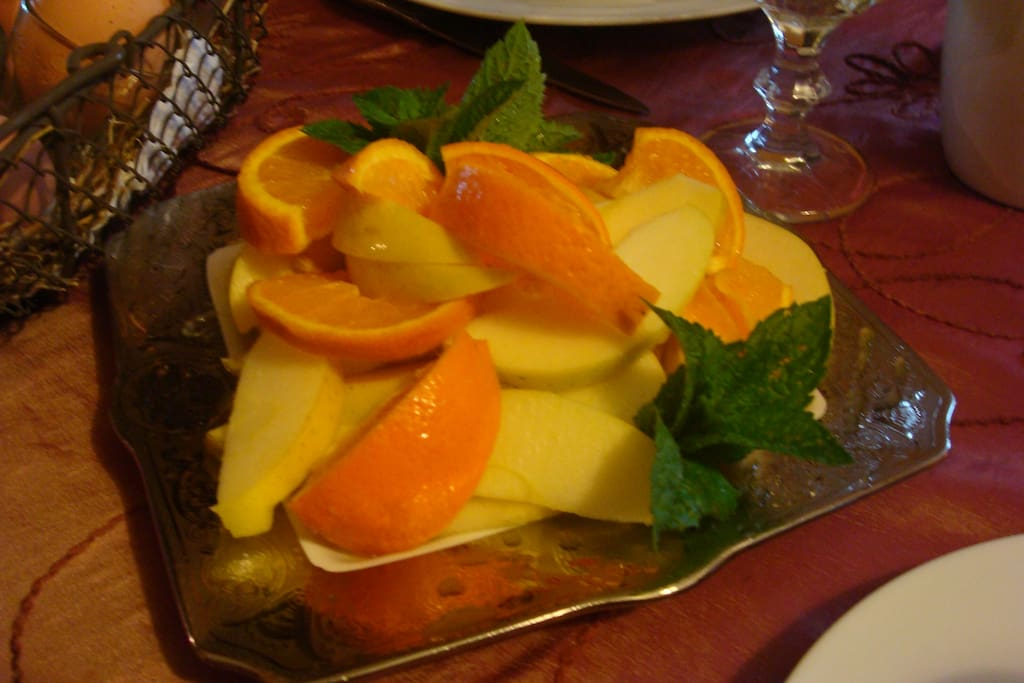 fruits mini brunch