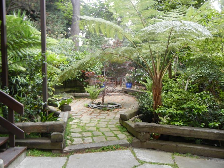 Garden area for your enjoyment.