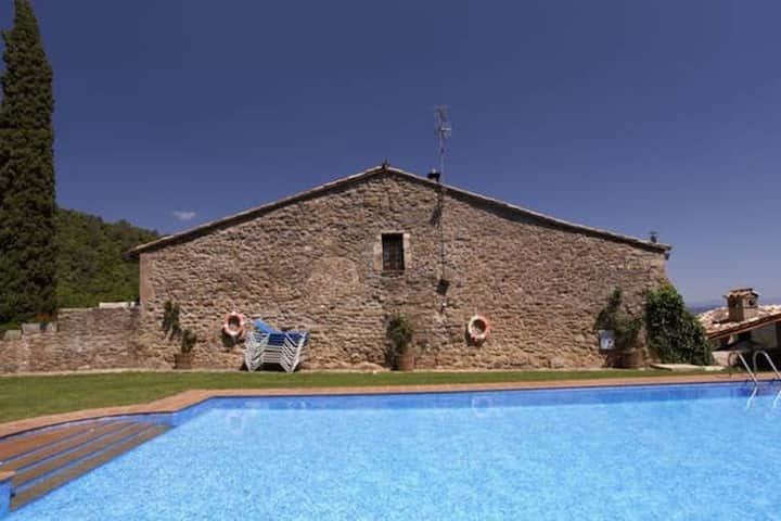 House with 3 bedrooms in Girona, with shared pool and WiFi