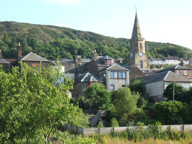 Lovely views of Newburgh nestled in the Ochil hills