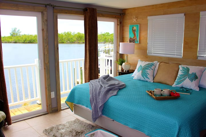 Latitude 26 Boutique Resort(Grand Suite Waterview)