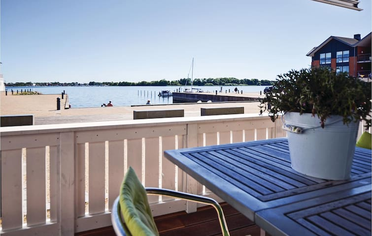 Holiday apartment with 2 bedrooms on 94 m² in Gråsten