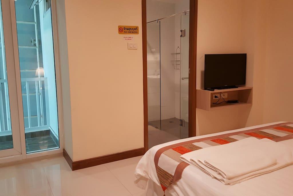 Convenient Room