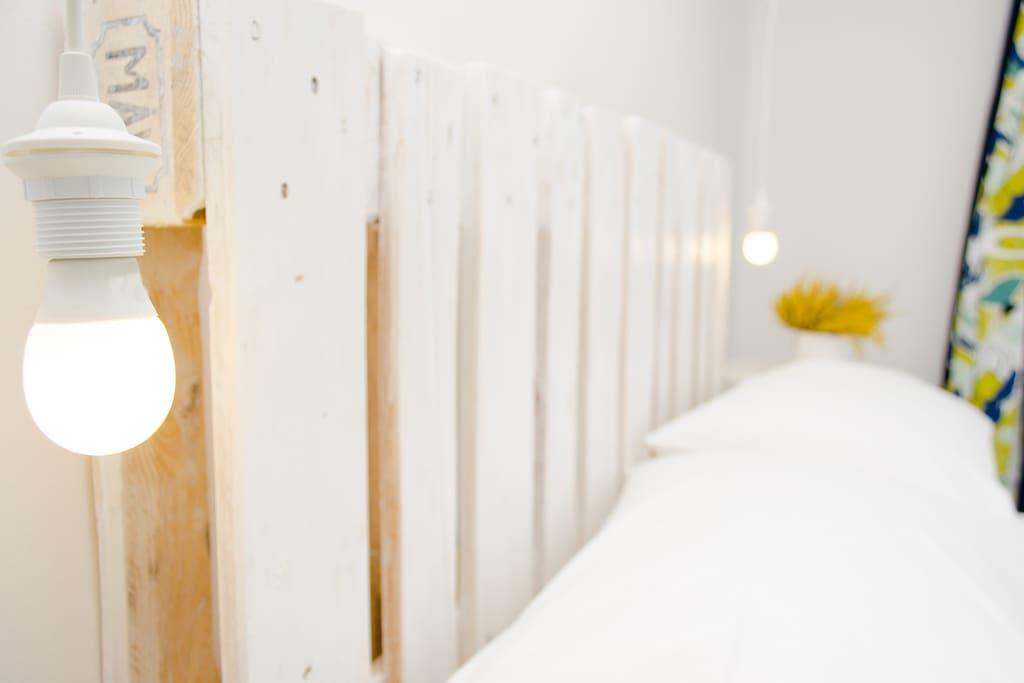 Appartamento Ginepro: Testiera fatta a mano