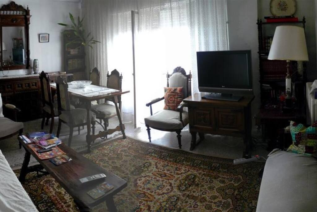 Room 10' from Plaza Mayor