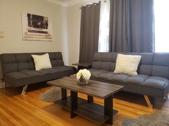 1Bed.Great Location in Lincoln Park/Beach/DePaul
