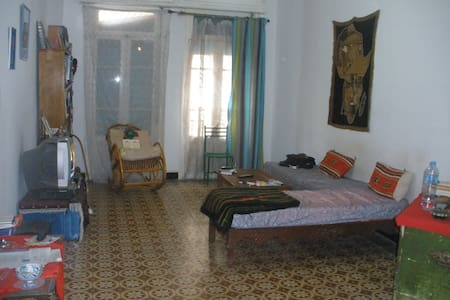 Grand appartement Alger centre. Agréable. Central. - Alger Centre - Huoneisto
