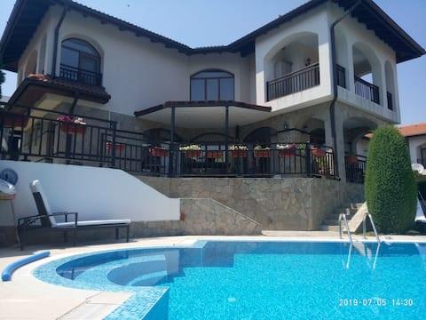 Villa Muscat 2 Vineyards Spa Resort