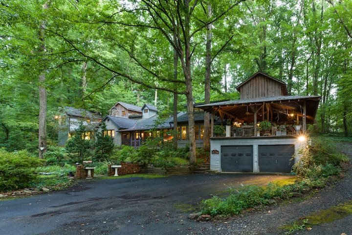 Outrageous! Cabin(?) in the woods - Winston-Salem - บ้าน