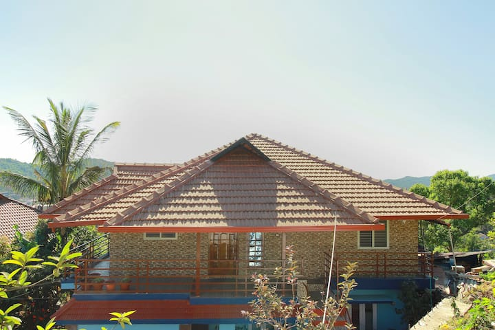 Hill View Homestay Coorg