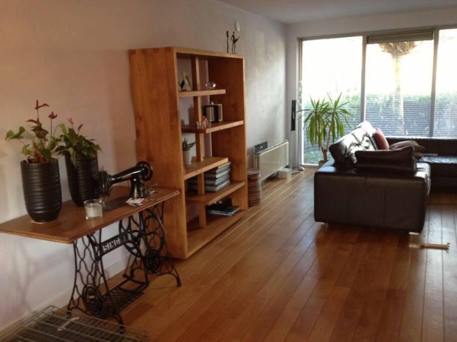 Part of the livingroom