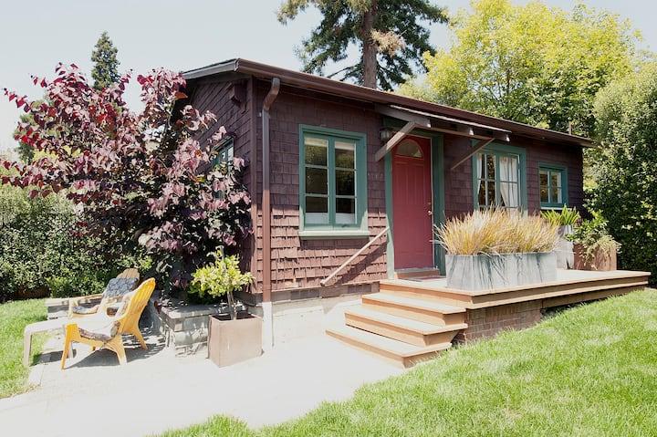North Berkeley Backyard Cottage