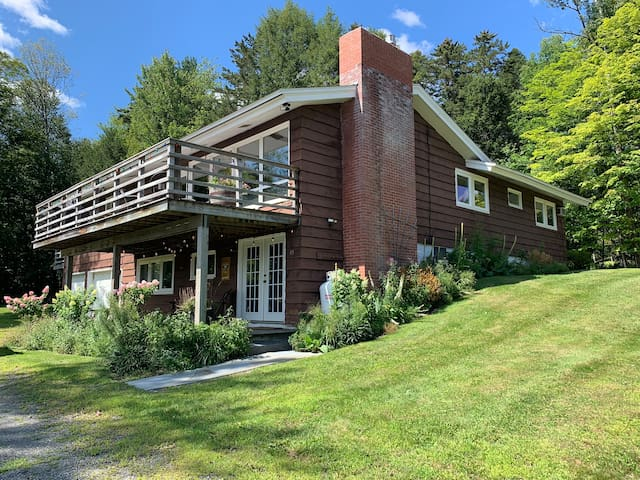 Mountain Haus - The Best Location in Stowe