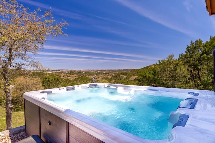 5★ Quiet Retreat | Huge Spa | Beautiful Views ❤