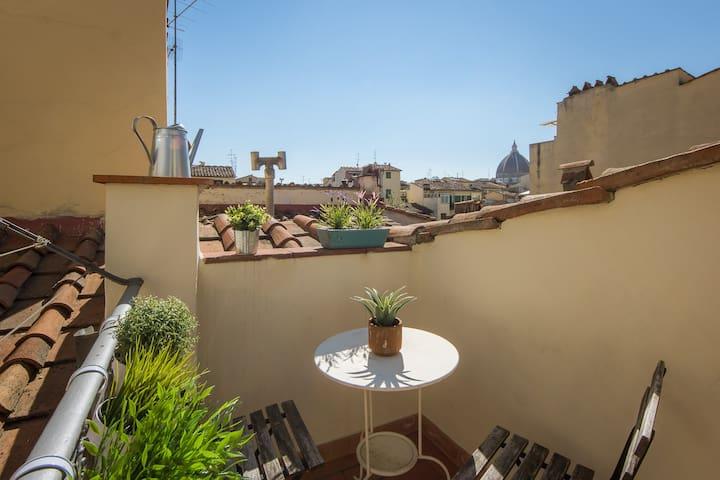 San Lorenzo Terrace, stunning Duomo view