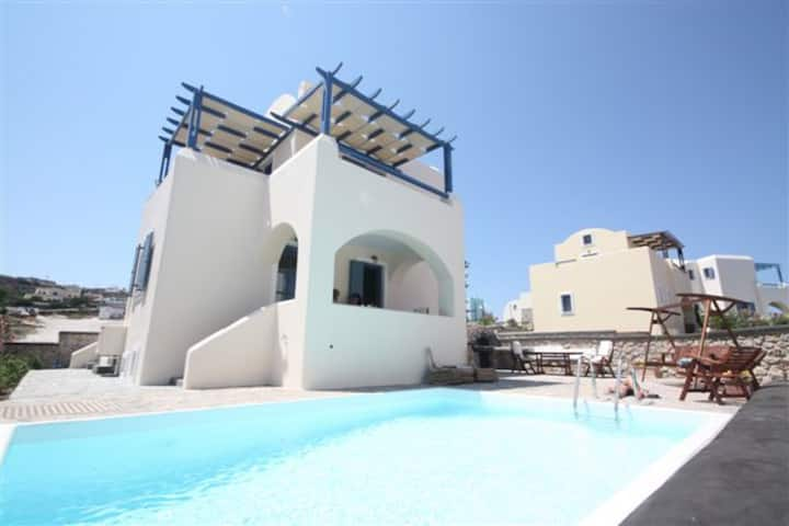 NEW Villa Apollon with Prive Pool & Parking, 6pax