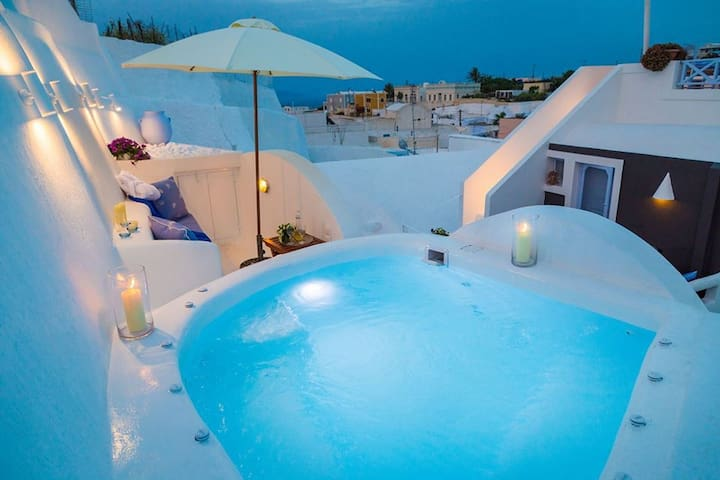 Lydia Luxury cave Villa with Jacuzzi & sea view