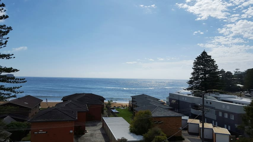 Beach Unit Avoca Beach