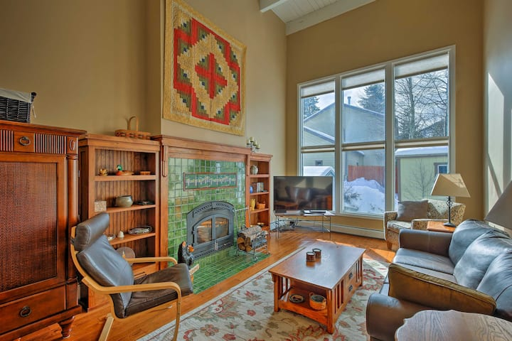 Frisco Family Home w/Deck & Mtn View: Walk to DTWN