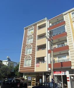 Havaalanına Yakın Daire - Torbalı - Apartment - 1
