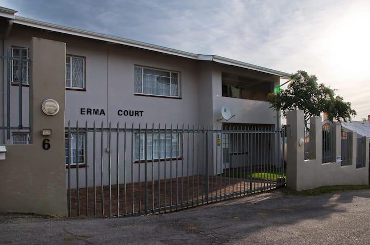 Erma Court Self-Catering Apartment