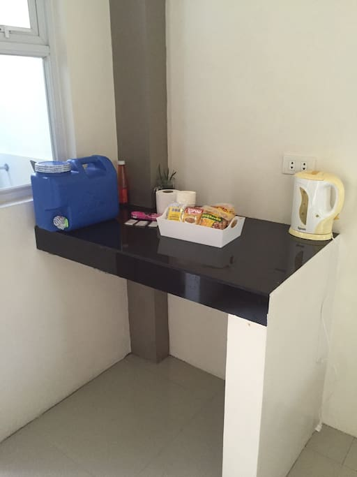 Pantry ( complimentary ) purified water / tissue / soap / shampoo / coffee / special chichacorn