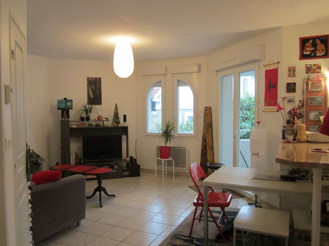 T2 quartier Saint Vincent - Dax - Flat