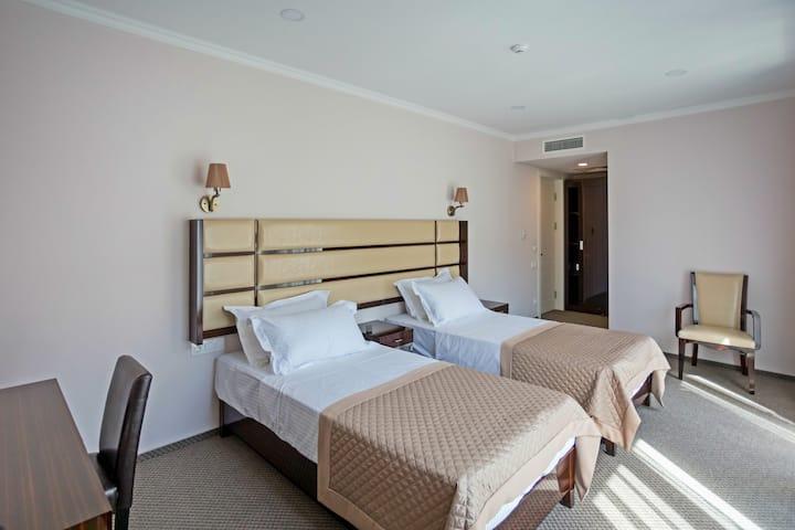 Genio Hotel Standard Room