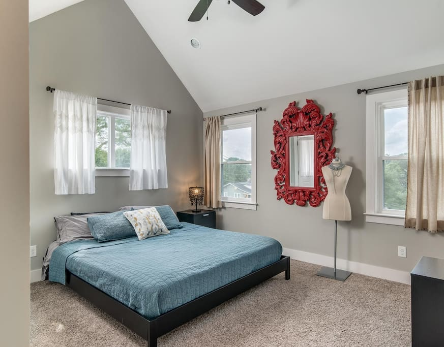MASTER Private bedroom located upstairs front of house - King sized platform bed with brand new memory foam mattress and organic cotton sheets, massive walk-in closet with built-in shelves *not picutred, 2nd closet perfect for dresses and coats, in-suite private bathroom and private balcony
