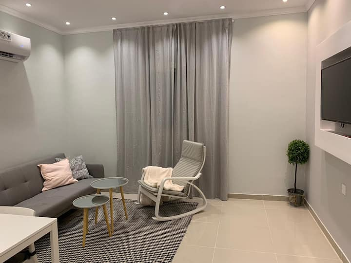 Mila Home 3 - A Spacious One-bedroom Apartment
