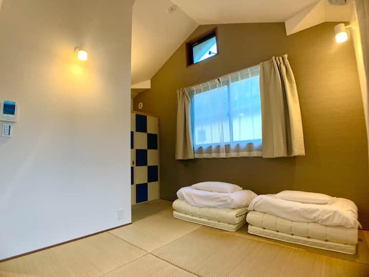 鎌倉大仏徒歩1分観光に便利。3名まで泊まれるATTA HOTEL 大仏坂 202