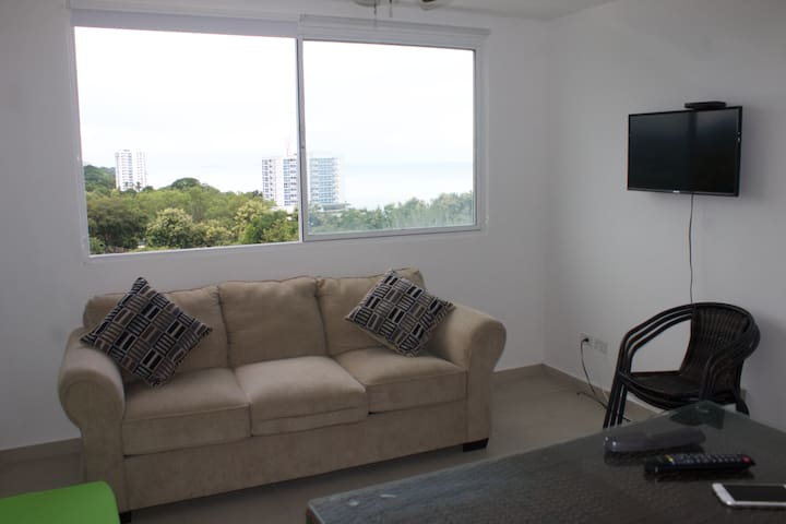 SALA CON SOFA-CAMA, TV, WIFI