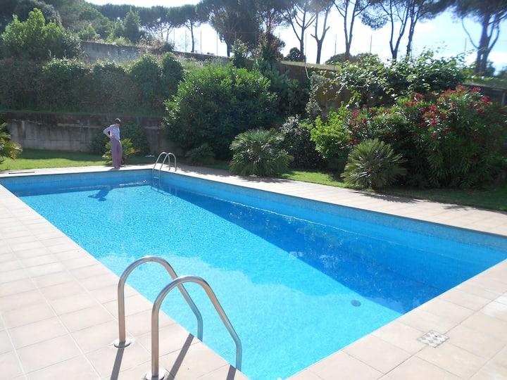 Villa con piscina e camino Roma Eur