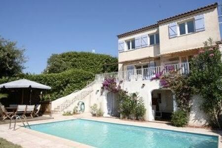 Maison, piscine privée, belle vue  - Les Adrets-de-l'Estérel - House
