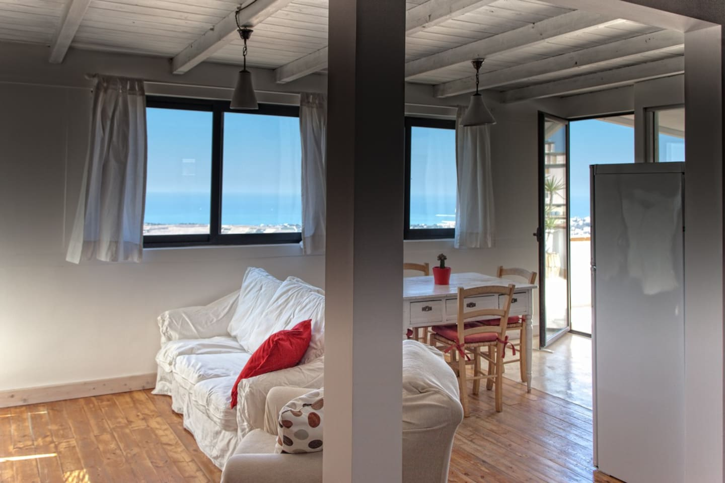 Villas in sicily   airbnb: apartments in sicily & rent a boat sicily