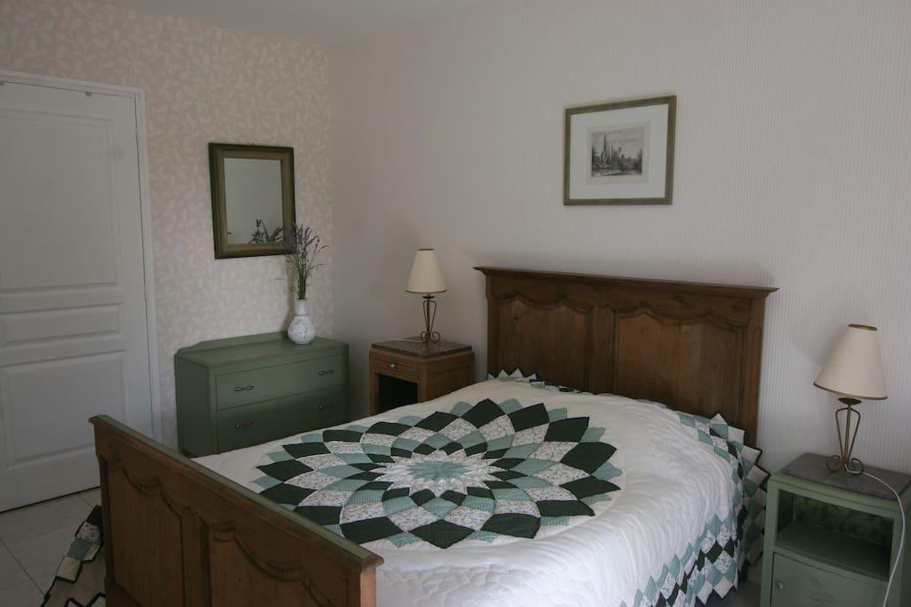 La tr maillerie chambre verte chambres d 39 h tes louer for Chambre a louer blainville