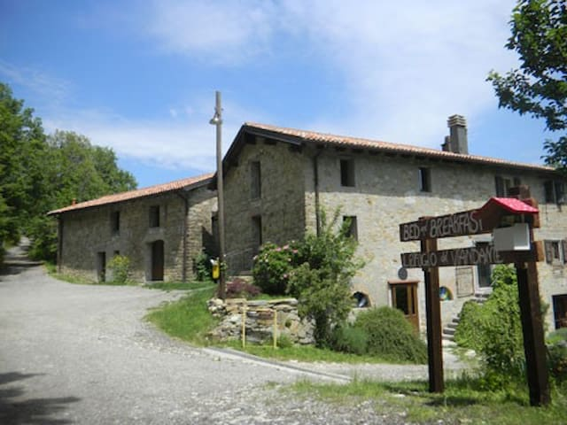 b&b totalmente immerso nella natura - Monzuno - Bed & Breakfast
