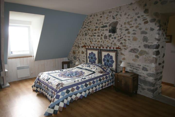 La Trémaillerie  Chambre Boheme - Blainville-sur-Mer - Bed & Breakfast
