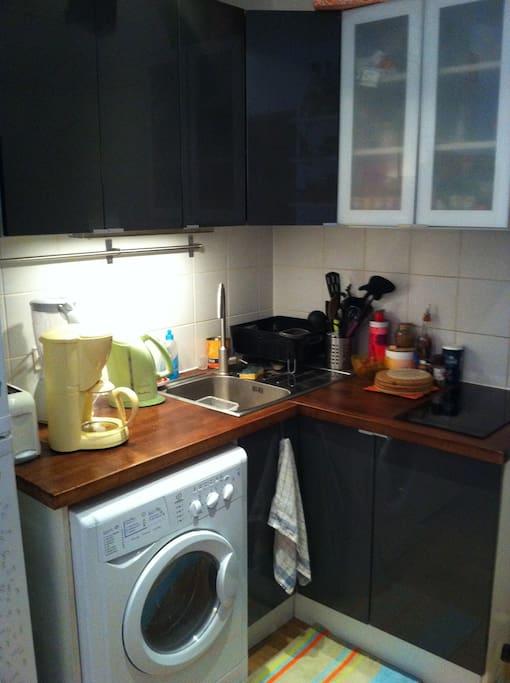 Full equipied kitchen
