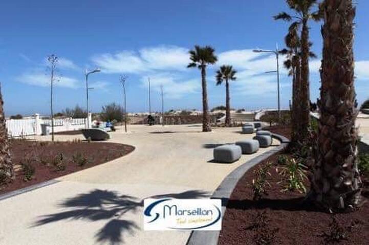 T2 cabine + terrasse 40m2 à 100m de la plage