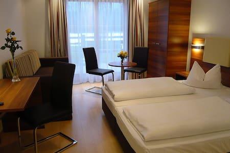 Gehobenes Apartment für 4 Personen - Anif bei Salzburg