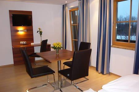 Geräumiges Apartment, 2 Schlafz. - Anif bei Salzburg