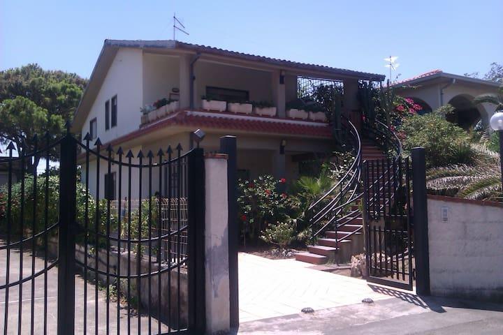 Villa near sea (Catania - Siracusa) - Agnone Bagni - Villa