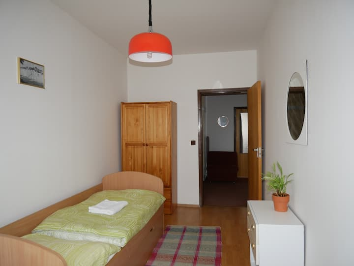 Nice 1 person room (third room)