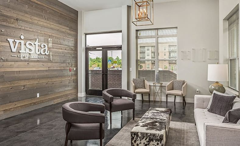 Downtown Apartment on the River
