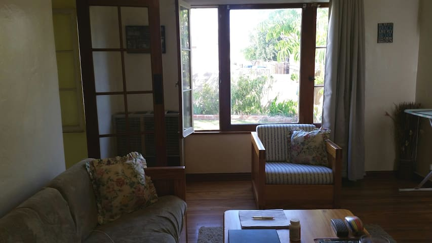 Clean apt, near ocean, quiet area - Los Angeles - Apartamento