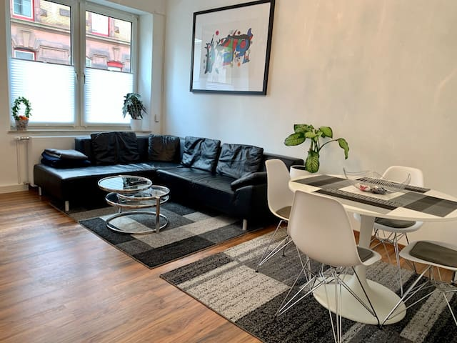 Modern cozy apartment in S-West